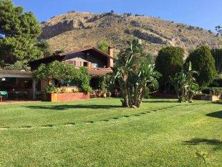 Villa Rosemada, Chalet casa vacanze Mondello