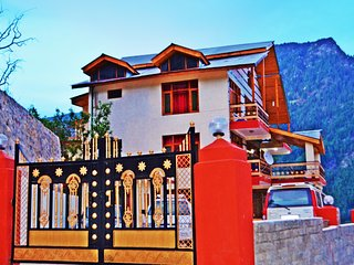 Pause At Manali Duplex Cottage