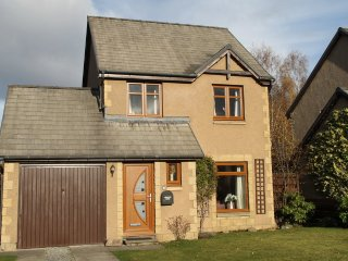 Aviemore Lodge - With Free Leisure Passes for Swimming, Golf and Gym.