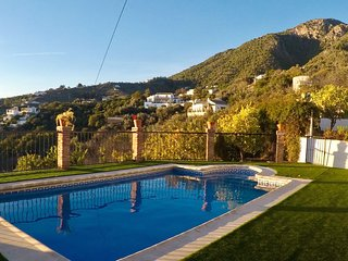 CORTIJO ROSALIA. Private Villa in Frigiliana