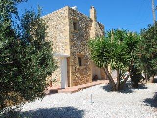 Villa Edem, vues mer, près des plages, barbecue, oliviers et piscine privée ...