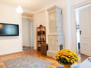 Center Graff Ignatiev - 3 BDRM Apartment