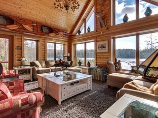 Luxury chalet on your private lake