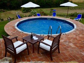 La Meridiana panoramico con piscina