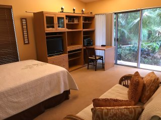 Coconut Grove Home  - One double room