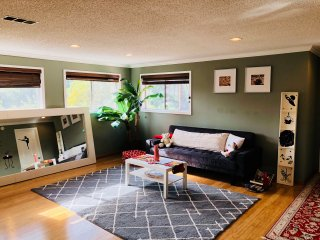 Big Private Room Rent/Sleeps 5! Bdr w/2Bed+Parking/AC-LAX/Staples/Forum/Stadium