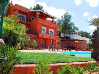 PUNTA DE SA CREU: Free Wifi, private pool and sea view
