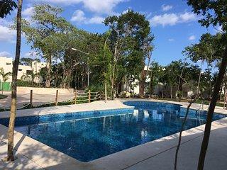 Casa Mexh-a 10 min de la playa- alberca wifi y tv gratis