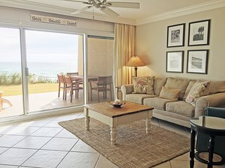 D102*BeachHouseCondo*ON the beach-Destin! 2 BR*2 Pools*Tennis*++Amenities!
