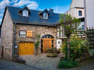 MaarZauber, zauberhafte alte Scheune, Haus am See, Eifel, Nahe Nurburgring