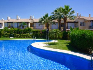 Luxury 3 Bedroom/2 Bathroom Townhouse with 5 Shared Pools Puerto Banus/San Pedro