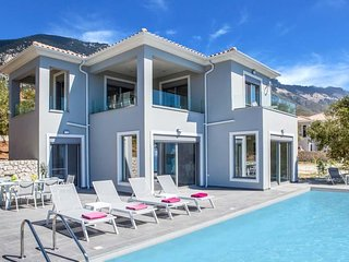 3 bedroom Villa in Trapezaki, Ionian Islands, Greece : ref 5426719