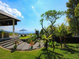 Villa Luna Resort, een adembenemend prive domein met een infinity zwembad