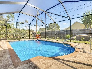 Brand-New 3BR w/ Screened Pool, Fire Pit, Grill ? Mins to Beach