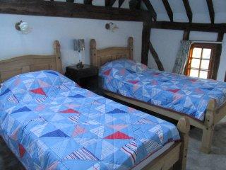 Third bedroom - 2 singles