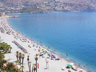Velilla Beach I, vista mar, parking gratis, WiFi, A/C, primera linea la Playa,