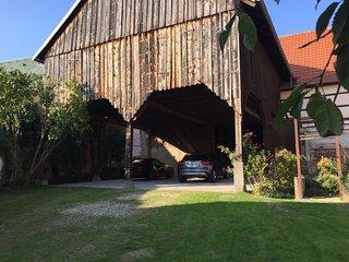 Magnifique corps de ferme XVIIIe de grand standing, au ceour du vignoble d'Alsace