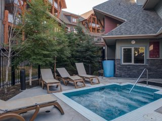Outdoor Hot Tub + Heated Outdoor Pool | Your Escape to the Mountains