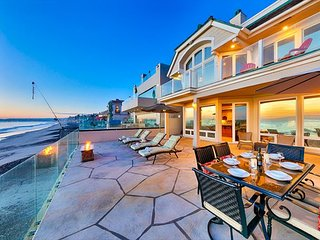 Custom Oceanfront Home, Outdoor Living w/ Rooftop Deck