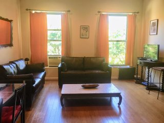 2-Bedroom Private Apt, Historic Harlem Brownstone