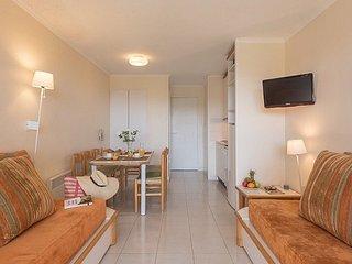 Eco-Standard 1/2 BR Apartment for 7 at Holiday Village Cap Esterel