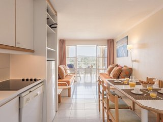 Eco-Standard 1 BR Apartment (Sea View) at Holiday Village Cap Esterel