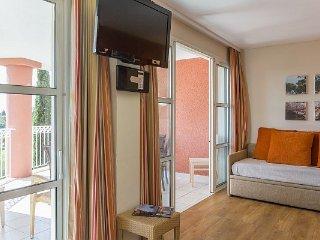 Superior 1/2 BR Apartment with Sea View at Holiday Village Cap Esterel