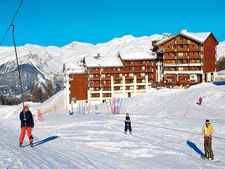 Appartement Rustique avec Balcon | Emplacement Parfait + Local a skis GRATUIT!