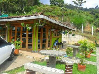 Hermosas y campestres cabanas ecologia y piscina natural. Un sitio ideal para ti