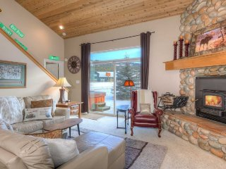 Big Sky Town Center- Cozy Chalet