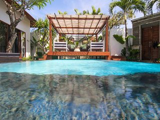 FREE CHEF - 1 bedroom at Umalas Retreat - with pool
