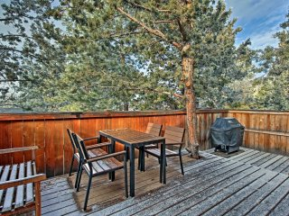 Charming Bend Home w/ Deck & Views of Pilot Butte!