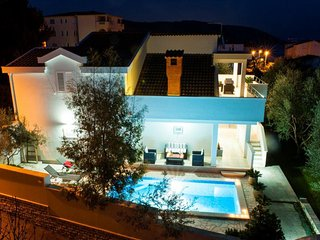 Luxurious Villa Layla with pool, seaview and Mediterranean garden EOS CROATIA