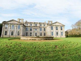 THE RETREAT, on grounds of Appuldurcombe House, WiFi, woodland surrounding, Ref