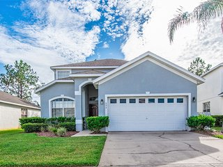 Affordable 5 bedroom 3 bath Highlands Reserve home 7 miles to Disney from $148nt