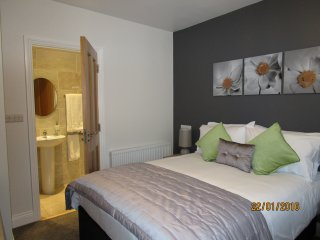 Cozie Corner Town House sleeps 10 County Tipperary