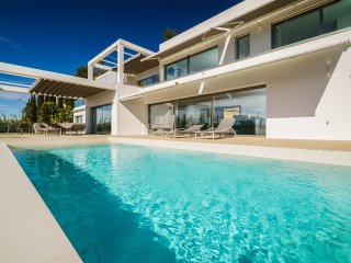 4 bedroom Villa with Pool, Air Con and WiFi - 5511921