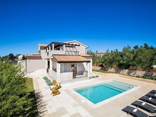 5 bedroom Villa in Smoljanci, Istria, Croatia : ref 5508858