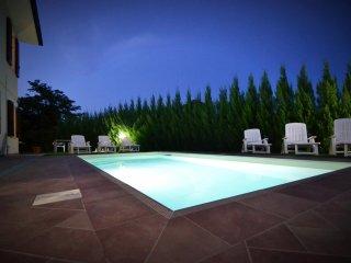 4 bedroom Villa in Stibbio, Tuscany, Italy : ref 5505796