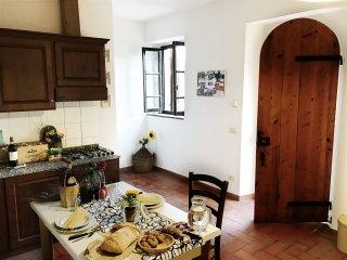 1 bedroom Apartment in Poppiano, Tuscany, Italy : ref 5491619