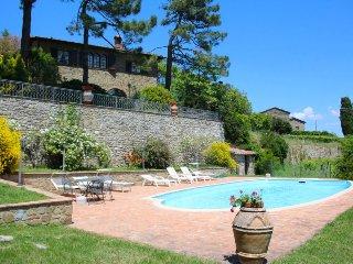 4 bedroom Villa in Monte San Savino, Tuscany, Italy : ref 5490337