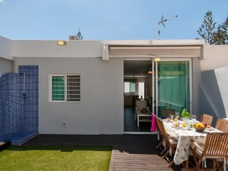2 bedroom Villa in Playa del Ingles, Canary Islands, Spain : ref 5489437