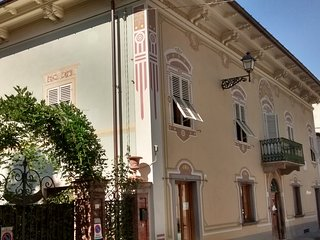Wonferful historic villa with pool in the centre of Bagni di Lucca