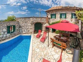 2 bedroom Villa in Crikvenica, Primorsko-Goranska Županija, Croatia : ref 548912
