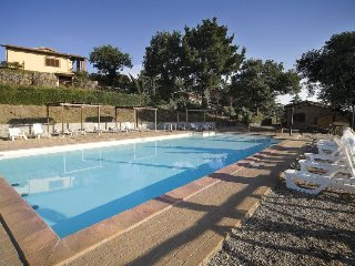 2 bedroom Apartment in Fiordini, Latium, Italy : ref 5489103