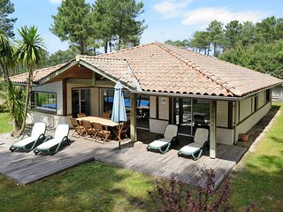 4 bedroom Villa in Moliets-et-Maa, Nouvelle-Aquitaine, France : ref 5434991