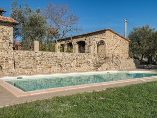 6 bedroom Villa in Castel del Piano, Tuscany, Italy : ref 5481174