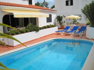 3 bedroom Villa in Vale do Lobo, Faro, Portugal : ref 5480139