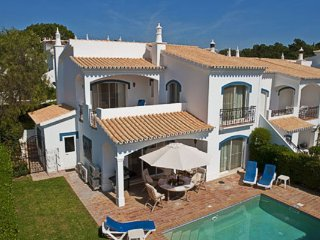 3 bedroom Villa in Vale do Lobo, Faro, Portugal : ref 5480022