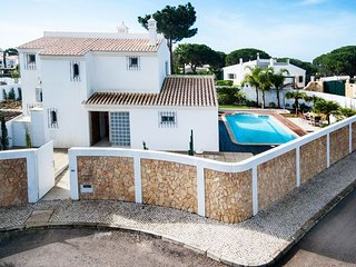 3 bedroom Villa in Alcaria do João, Faro, Portugal : ref 5479985